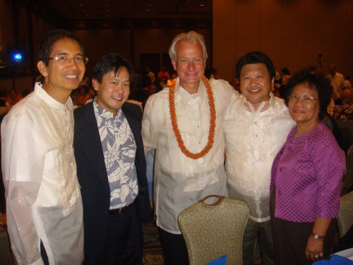 Eddie Flores, Rep. Jon Riki Karamatsu, City & County of Honolulu Managing Director Kirk Caldwell, and guests